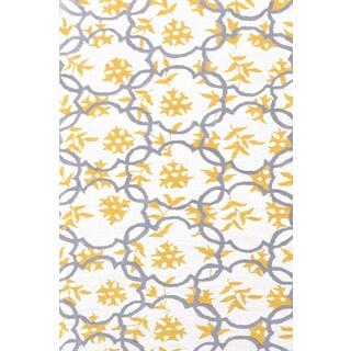 Hand-hooked Geo White/ Grey/ Gold Rug (2'8 x 4'8)