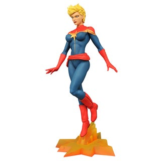Diamond Select Toys Marvel Femme Fatales Captain Marvel PVC Figure