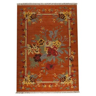 Indian Hand-woven Karba4 Rust/ Orange Rug (6'6 x 9'9)