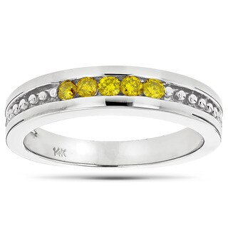 Luxurman 14k Gold 1/4ct TDW Yellow Diamond Wedding Band 5-stone Anniversary Ring