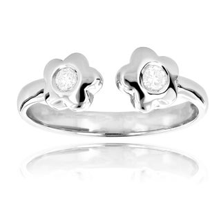 Luxurman 14k Gold Diamond Accent Adjustable Flower Toe Ring (3 options available)