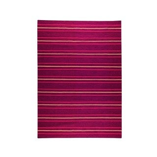 M.A.Trading Indian Hand-woven Savannah Red Rug (5'6 x 7'10)