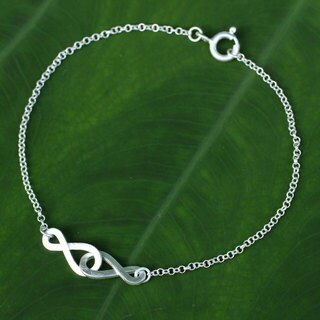 Handmade Sterling Silver 'Into Infinity' Bracelet (Thailand)