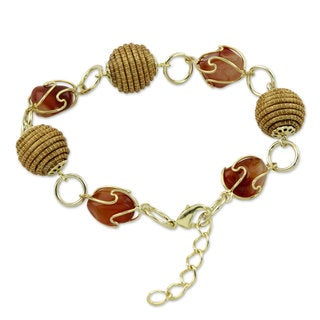 Handmade Gold Overlay 'All Aglow' Agate Bracelet (Brazil)