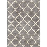 "Carolina Weavers American Tradition Collection Garden Gate Gray Area Rug - 7'10"" x 10'10"""