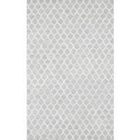 Pasargad Trellis Silver Cowhide Rug (5' x 8') - 5' x 8'