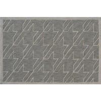 Hand-hooked Fresh Houndstooth Grey Polyester Area Rug - 2'8 x 4'4