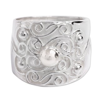Handmade Sterling Silver 'Arabesque Vines' Ring (Peru)