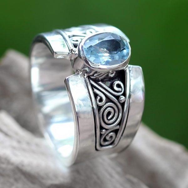 Handmade Sterling Silver 'Blue Karma' Blue Topaz Ring (Indonesia)