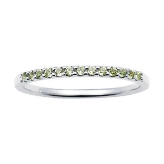 14k White Gold 1.04 Tgw. Peridot August Birthstone Stackable Band Ring - Green