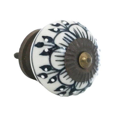 Black Zinnia Flower Pull for Drawers/ Cabinets and Doors (Pack of 6)