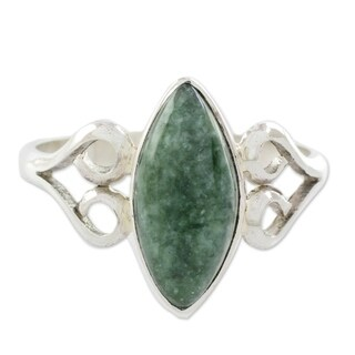 Handmade Sterling Silver 'Two Hearts in Green' Jade Ring (Guatemala)