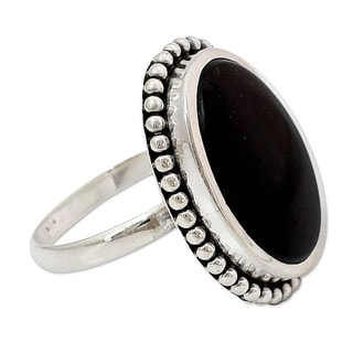 Handcrafted Sterling Silver 'Mysterious Moon' Onyx Ring (India)