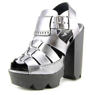 Mia Women's 'Luka' Faux Leather Dress Shoes