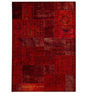 Hand-knotted Indo Renaissance Red Rug (6'6 x 9'6)