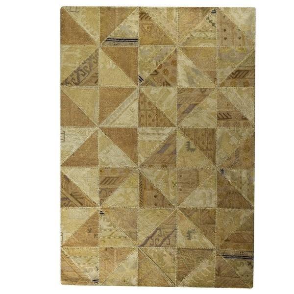 Handmade Indo Tile Beige Rug - 7'10 x 9'10 (India)