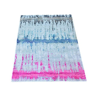 Hand-knotted Sari Silk with Oxidized Wool Oriental Rug (2' x 3')