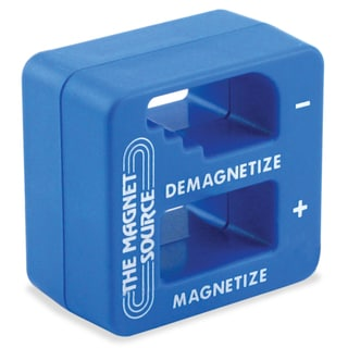 "Master Magnetics 07524 2"" X 2"" X 1"" Blue Magnetizer & Demagnetizer"