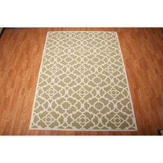 Waverly Sun N' Shade Lovely Lattice Green Area Rug by Nourison (7'9 x 10'10)