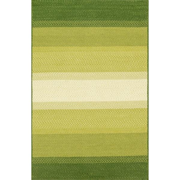 Indoor/ Outdoor Braided Green Rug - 7'9 x 9'9
