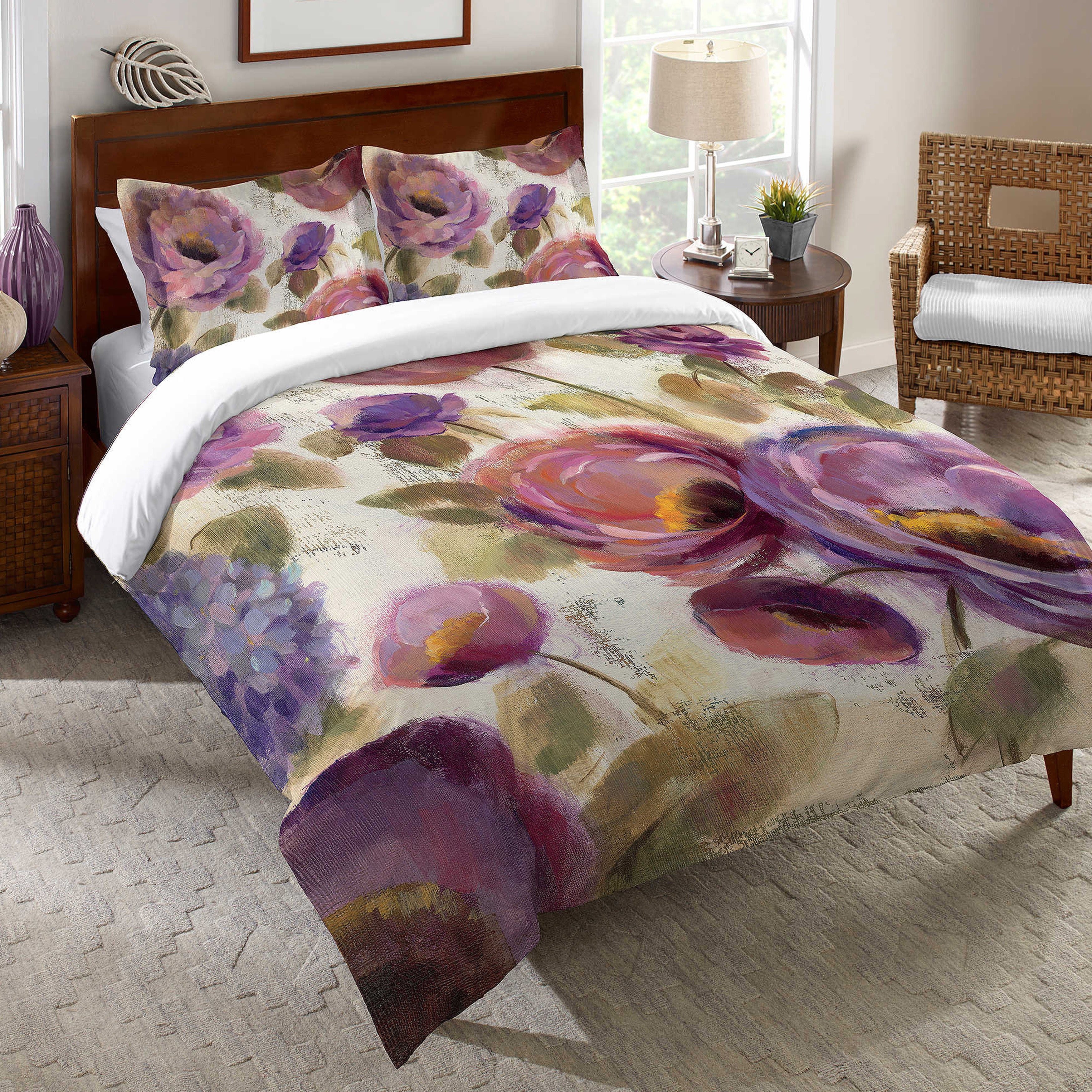 Laural Home Blue and Purple Florals Duvet Cover (Queen), ...