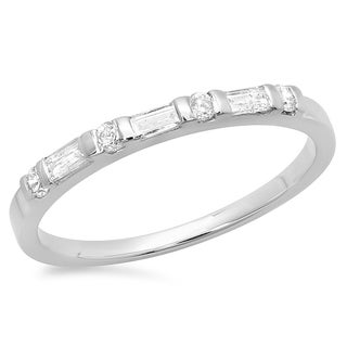 Elora 14k Gold 1/3ct TDW Round and Baguette Diamond Wedding Band (H-I, I1-I2)