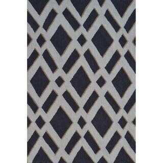 Hand-Woven Diamonds Grey /Polyester Rug (4'7X7'7)
