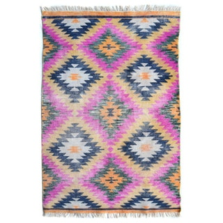 Hand-Knotted Belize /Polyester Rug (5'X8')