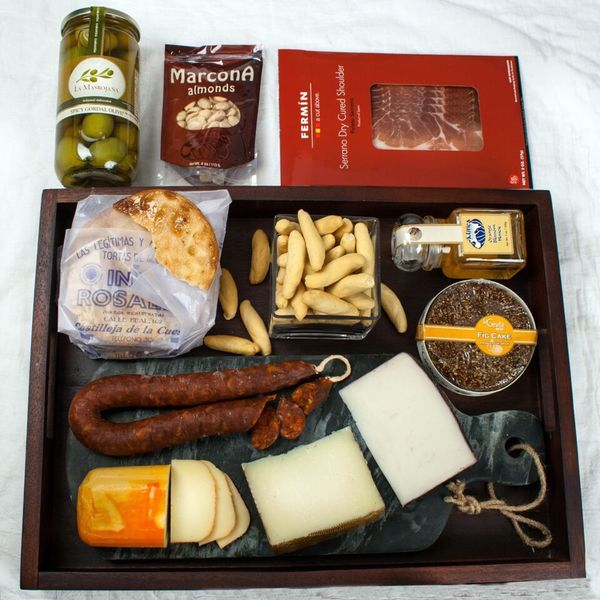 igourmet Spanish Fig & Cheese & Charcuterie Collection