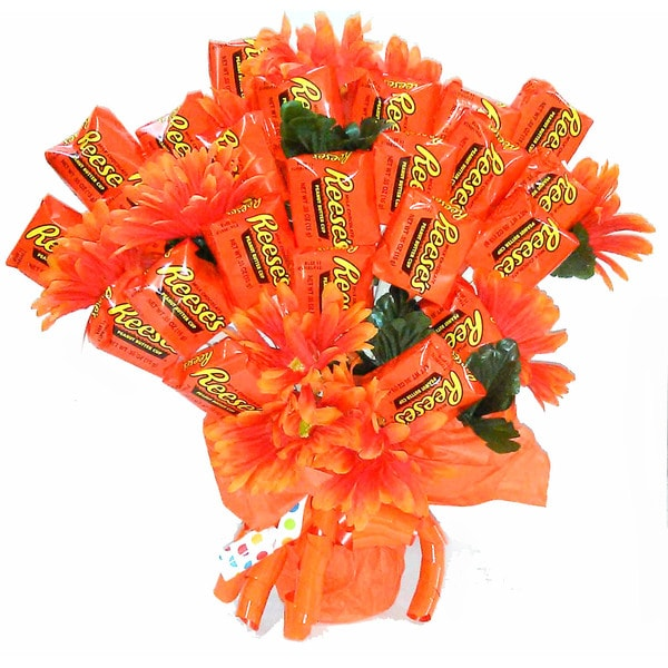 Reese's Extravaganza Bouquet. Opens flyout.