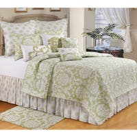 Providence Cucumber Quilt (Shams Not Included)
