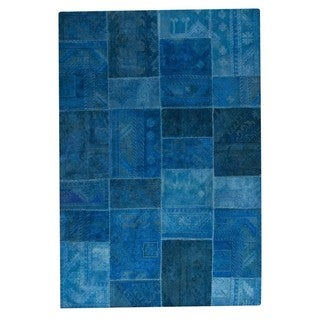 M.A. Trading Hand-tufted Sartaj Turquoise Rug (6'6 x 9'6)