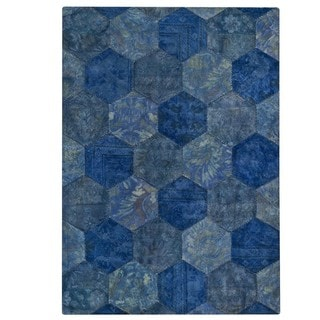 M.A.Trading Hand-tufted Honey Comb Turquoise Rug (5'2 x7'6 )