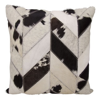 Mina Victory Dallas Cow Print Chevron Black/White Throw Pillow (20-inch x 20-inch) by Nourison