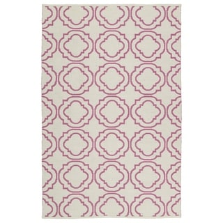 Indoor/ Outdoor Laguna Ivory and Pink Geo Flat-Weave Rug (3'0 x 5'0) - 3' x 5'