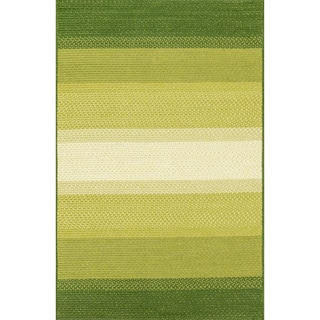 Indoor/ Outdoor Braided Green Rug (5'0 x 7'6)