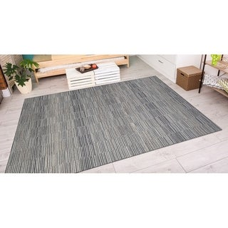 Power-Loomed Couristan Cape Fayston/Silver-Charcoal Indoor/Outdoor Rug (7'10 x 10'9)