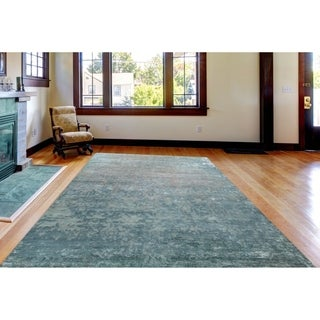 Hand-Knotted Delilah Gray-Blue New Zealand Wool and Art Silk Rug (9'x12')