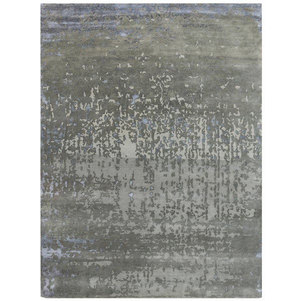 Hand-Knotted Delilah Dove Grey Handspun New Zealand Wool and Art Silk Rug (6'x9')