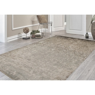 Hand-Knotted Delilah Dove Grey Handspun New Zealand Wool and Art Silk Rug (8'x10')