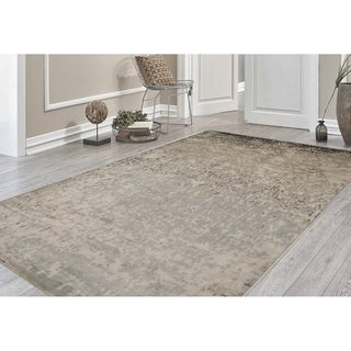 Hand-Knotted Delilah Dove Grey Handspun New Zealand Wool and Art Silk Rug (9'x12')