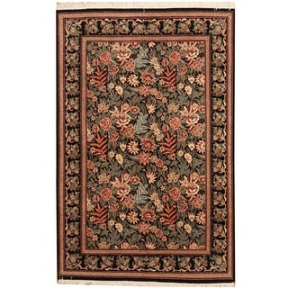Herat Oriental Pakistani Hand-knotted Aubusson Wool Rug (4' x 6'2)