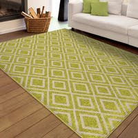 "Carolina Weavers Indoor/Outdoor Santa Barbara Collection Speckled Diamonds Green Area Rug (7'8 x 10' - 7'8"" x 10'10"""