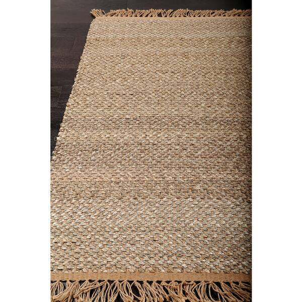 Versatile And Organic At The Same Moment This Natural Area Rug Lends Perfect Foundation To Coastal Global Style Es Alike Made Of Sisal