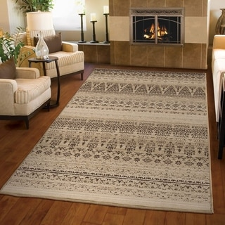 Carolina Weavers Ornate Expressions Collection Kingston Beige Area Rug (5'3 x 7'6)