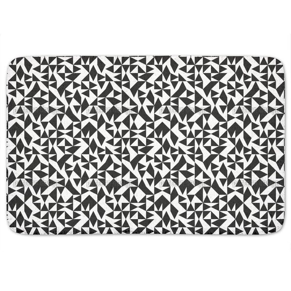Eulatik Triangles Bath Mat