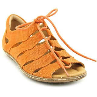 Earth Women's 'Plover' Orange Nubuck Sandals