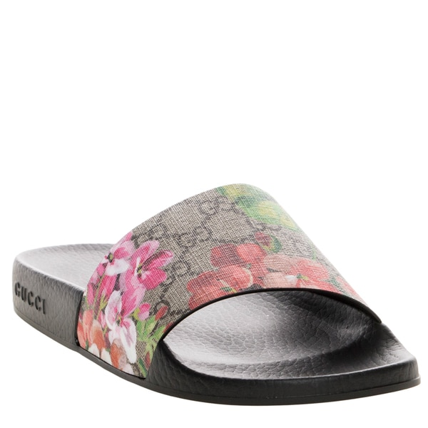 902faeb583eb Shop Gucci Women s GG Blooms Supreme Rubber Sole Slide Sandals ...