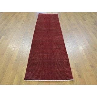 Red Wool and Silk Nepali Tone-on-tone Handmade Runner Rug (2'3 x 10')