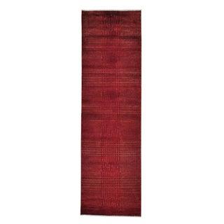 Wool and Silk Red Tone-on-tone Nepali Handmade Runner Rug (2'5 x 8'2)